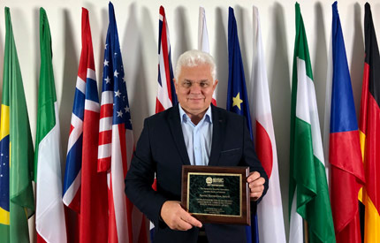 Poland FORS Association presented with the ARA Affiliate Chapter Special Recognition Award feat four