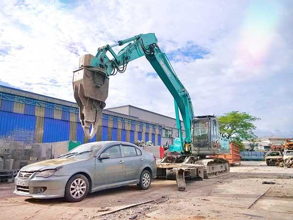 Car Medic – Malaysia's First Automotive Treatment Facility p one