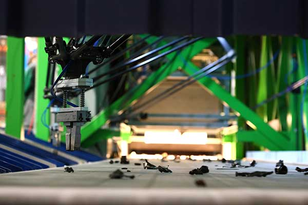 MULTIPICK - a robotic sorting solution for the vehicle recycling industry p one