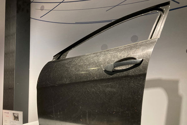 RECOTRANS project uses microwaves and laser welding to obtain recyclable composites for the transport industry p two